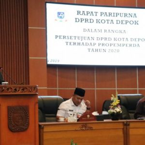 RAPAT PARIPURNA DPRD KOTA DEPOK TENTANG  PROPEMPERDA TH 2020 DAN HALAL BIHALAL.